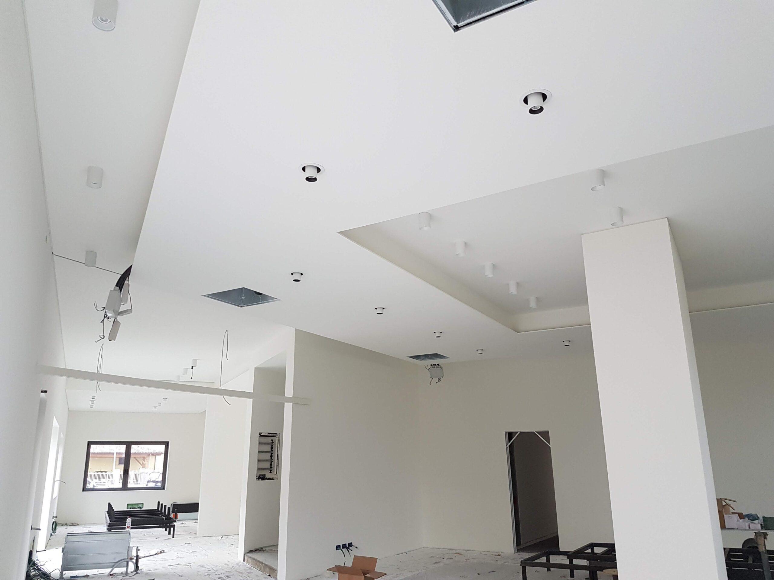 Controsoffitti isolamenti termo-acustici ISOVER Cantiere borgo San Dalmazzo sede di DINO BIKES